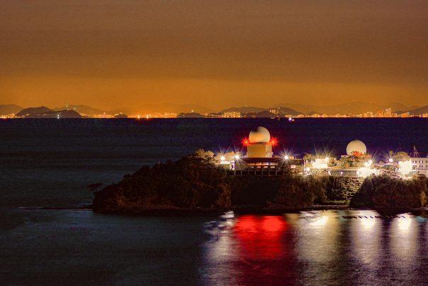 【2021フォトコン】国境を感じる島対馬から望む釜山の夜景 (対馬 韓国展望台)@jindoiyagiさん