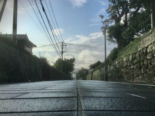 【2021フォトコン】雨上がりの武家屋敷通り (五島 武家屋敷通り)@柏木治邦さん